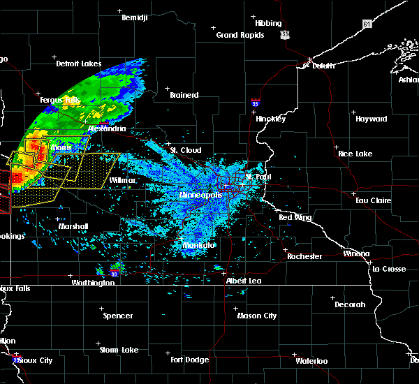Radar Image for Severe Thunderstorms near Benson, MN at 7/17/2015 9:47 PM CDT