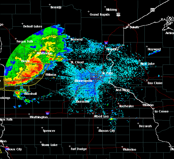 Radar Image for Severe Thunderstorms near Benson, MN at 7/17/2015 10:33 PM CDT