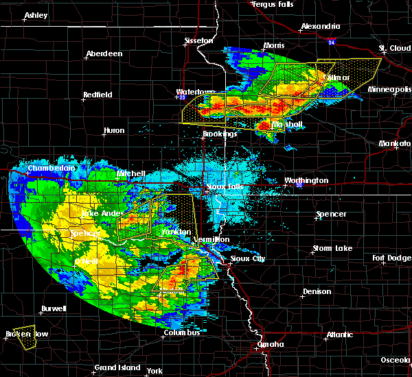 Radar Image for Severe Thunderstorms near Olivia, MN at 7/17/2015 10:44 PM CDT