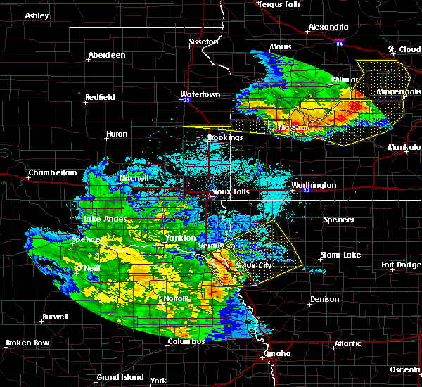 Radar Image for Severe Thunderstorms near Pierson, IA at 7/17/2015 11:27 PM CDT