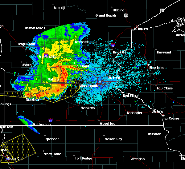 Radar Image for Severe Thunderstorms near Hector, MN at 7/17/2015 11:33 PM CDT
