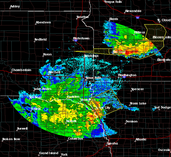 Radar Image for Severe Thunderstorms near Akron, IA at 7/17/2015 11:43 PM CDT