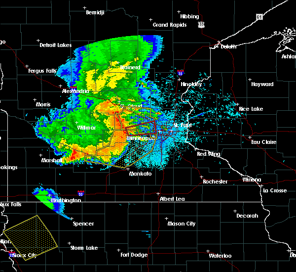 Radar Image for Severe Thunderstorms near Orono, MN at 7/18/2015 12:05 AM CDT