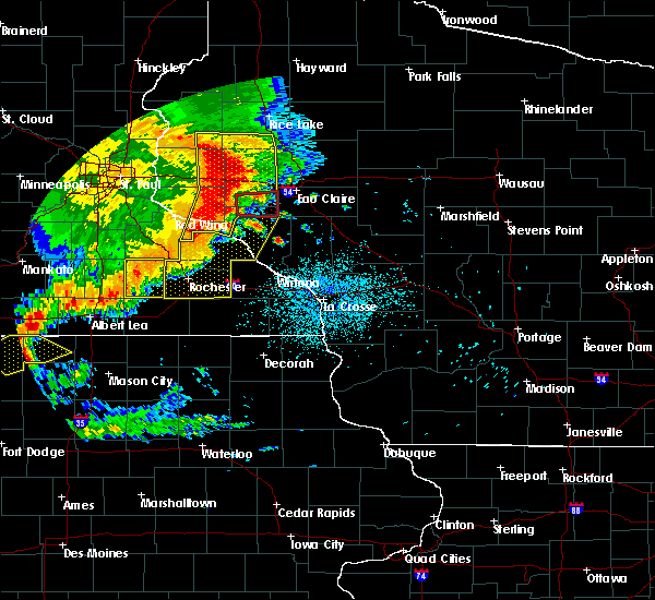 Radar Image for Severe Thunderstorms near Downsville, WI at 7/18/2015 1:55 AM CDT