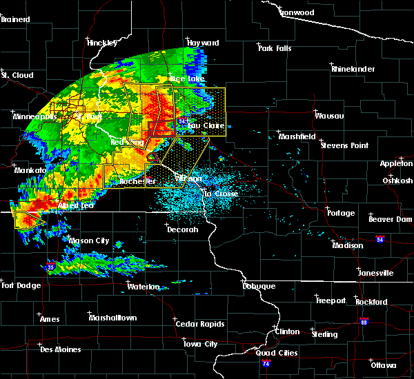 Radar Image for Severe Thunderstorms near Downsville, WI at 7/18/2015 2:11 AM CDT