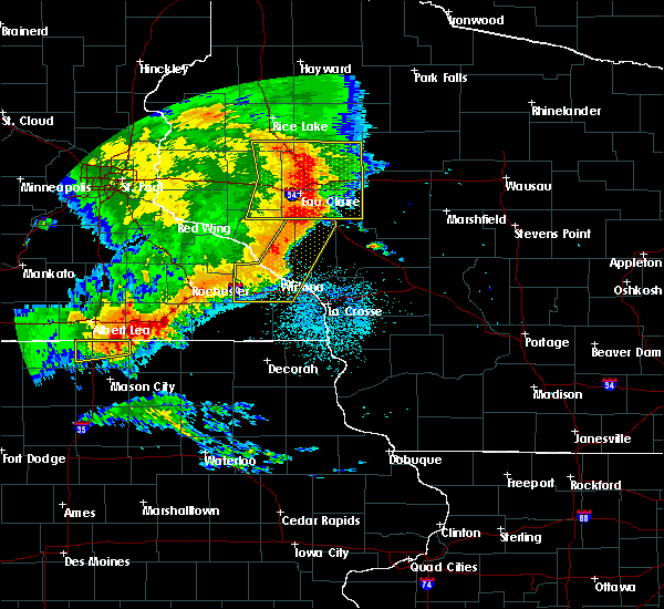 Radar Image for Severe Thunderstorms near Greenwood, WI at 7/18/2015 2:35 AM CDT