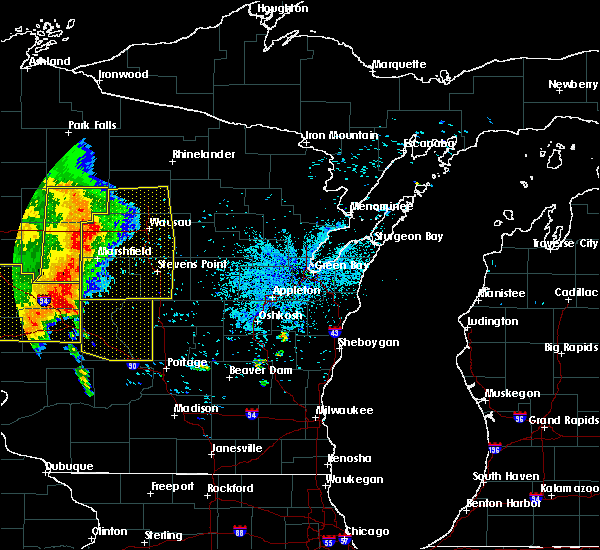 Radar Image for Severe Thunderstorms near Unity, WI at 7/18/2015 3:45 AM CDT