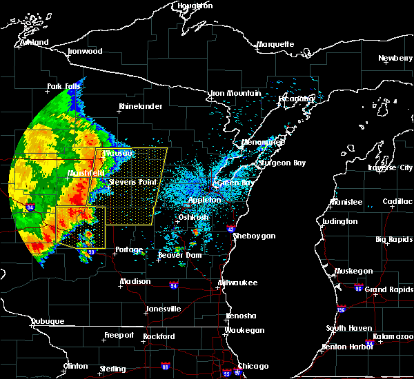 Radar Image for Severe Thunderstorms near Wisconsin Rapids, WI at 7/18/2015 4:18 AM CDT