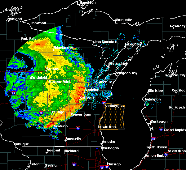Radar Image for Severe Thunderstorms near Maribel, WI at 7/18/2015 5:50 AM CDT