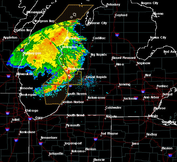 Radar Image for Severe Thunderstorms near Beechwood, MI at 7/18/2015 9:35 AM EDT