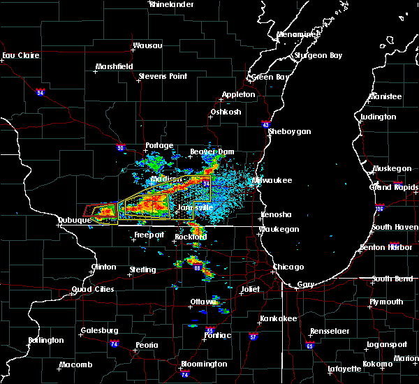 Radar Image for Severe Thunderstorms near Browntown, WI at 7/18/2015 2:02 PM CDT