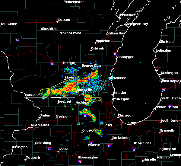 Radar Image for Severe Thunderstorms near Lake Catherine, IL at 7/18/2015 2:12 PM CDT