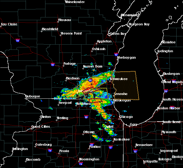 Radar Image for Severe Thunderstorms near Mukwonago, WI at 7/18/2015 2:48 PM CDT