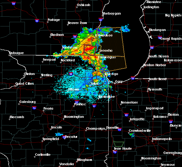 Radar Image for Severe Thunderstorms near Mundelein, IL at 7/18/2015 3:25 PM CDT