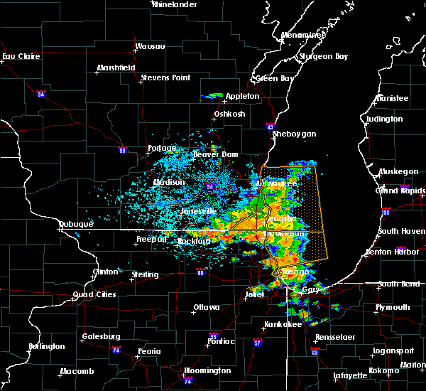 Radar Image for Severe Thunderstorms near Lake Catherine, IL at 7/18/2015 3:53 PM CDT