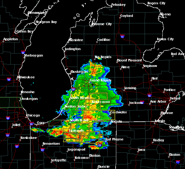 Radar Image for Severe Thunderstorms near Lawton, MI at 7/18/2015 7:25 PM EDT