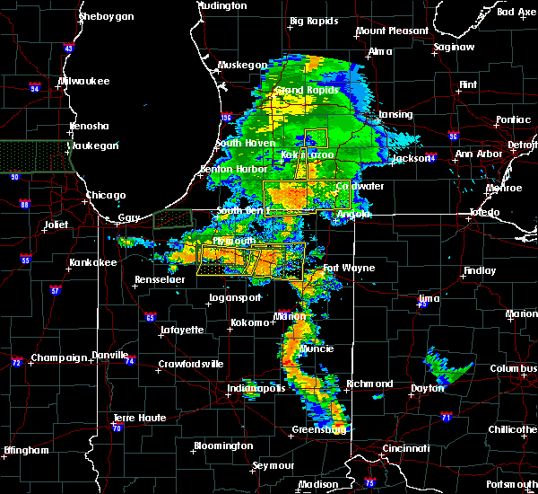 Radar Image for Severe Thunderstorms near Tri-Lakes, IN at 7/18/2015 7:45 PM EDT