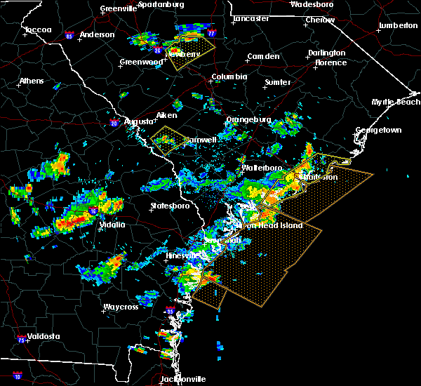 Radar Image for Severe Thunderstorms near Edisto Beach, SC at 7/19/2015 5:02 PM EDT