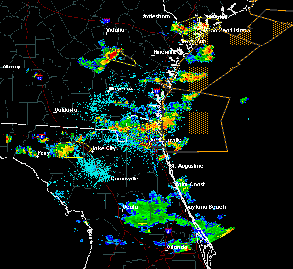 Radar Image for Severe Thunderstorms near Callahan, FL at 7/21/2015 4:17 PM EDT