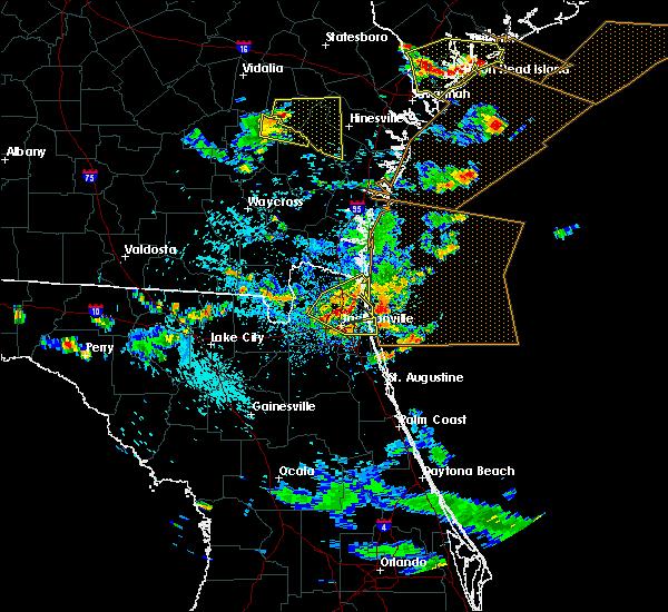 Radar Image for Severe Thunderstorms near Yulee, FL at 7/21/2015 4:37 PM EDT