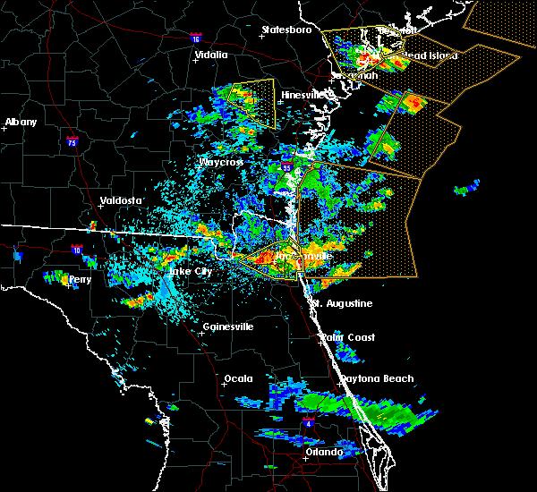 Radar Image for Severe Thunderstorms near Jacksonville, FL at 7/21/2015 5:03 PM EDT