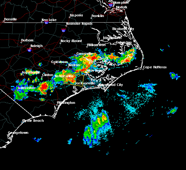 Radar Image for Severe Thunderstorms near Jacksonville, NC at 7/21/2015 9:56 PM EDT