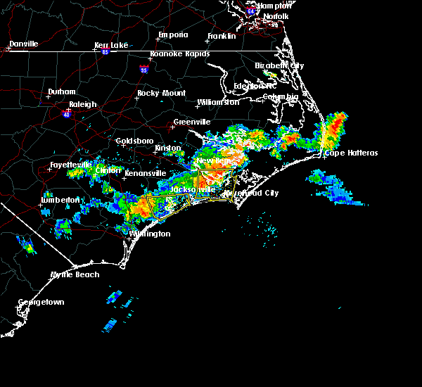 Radar Image for Severe Thunderstorms near Jacksonville, NC at 7/21/2015 10:46 PM EDT