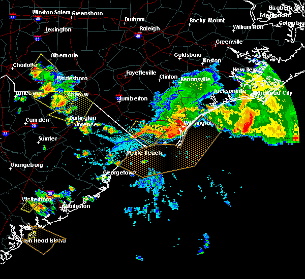 Radar Image for Severe Thunderstorms near Ocean Isle Beach, NC at 7/23/2015 5:20 PM EDT
