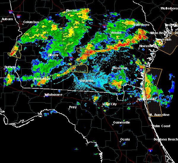 Radar Image for Severe Thunderstorms near Nashville, GA at 7/23/2015 5:57 PM EDT