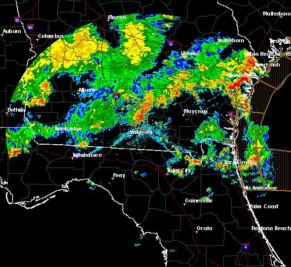 Radar Image for Severe Thunderstorms near Nashville, GA at 7/23/2015 6:47 PM EDT