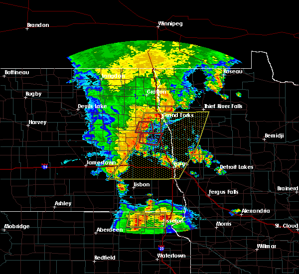 Radar Image for Severe Thunderstorms near Davenport, ND at 7/23/2015 11:52 PM CDT