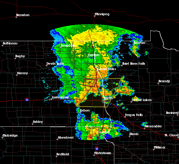 Radar Image for Severe Thunderstorms near Fargo, ND at 7/24/2015 12:13 AM CDT