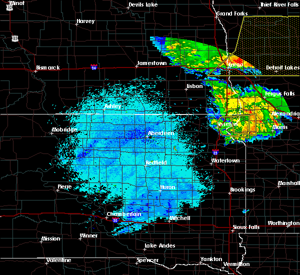 Radar Image for Severe Thunderstorms near Wheaton, MN at 7/24/2015 12:57 AM CDT