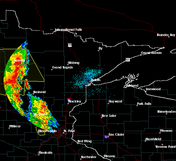 Radar Image for Severe Thunderstorms near Cass Lake, MN at 7/24/2015 2:15 AM CDT