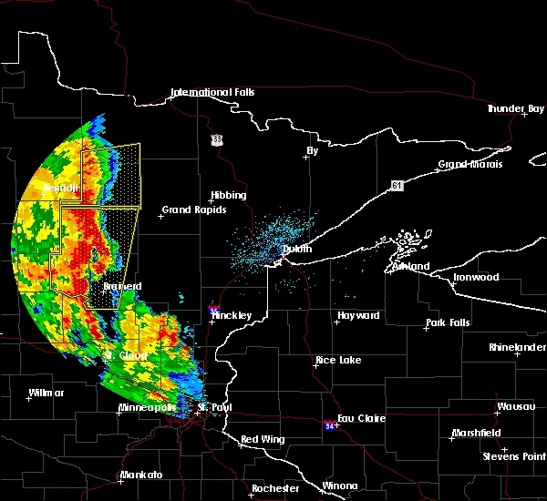 Radar Image for Severe Thunderstorms near Pequot Lakes, MN at 7/24/2015 2:38 AM CDT
