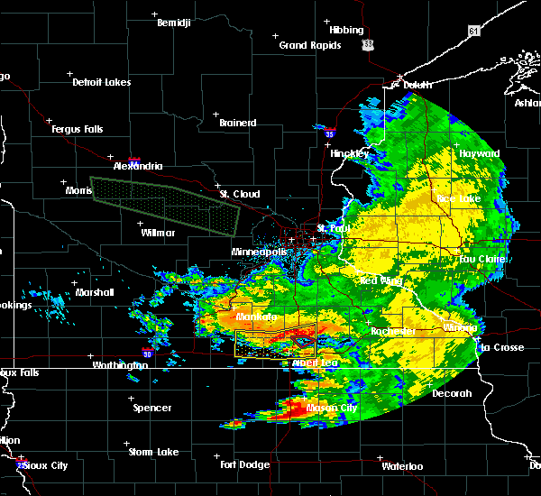 Radar Image for Severe Thunderstorms near Hollandale, MN at 7/24/2015 7:03 AM CDT