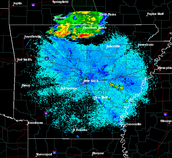 Radar Image for Severe Thunderstorms near Norfork, AR at 7/24/2015 10:26 PM CDT