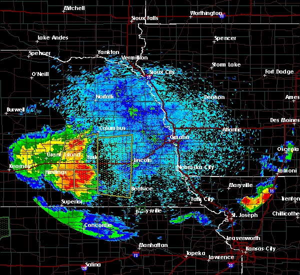 Radar Image for Severe Thunderstorms near Western, NE at 7/24/2015 11:31 PM CDT