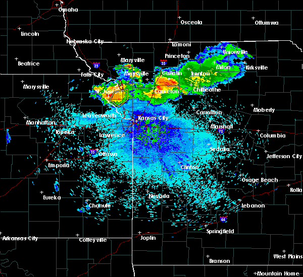 Radar Image for Severe Thunderstorms near De Kalb, MO at 7/25/2015 10:10 PM CDT