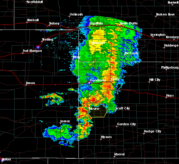 Radar Image for Severe Thunderstorms near Marienthal, KS at 7/26/2015 8:31 PM CDT
