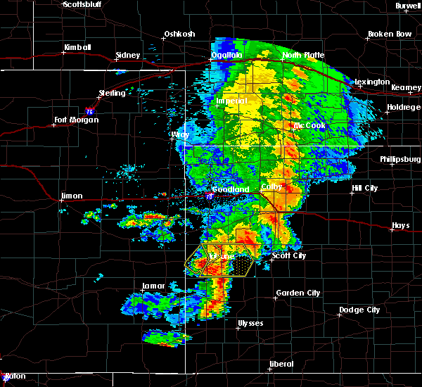 Radar Image for Severe Thunderstorms near Marienthal, KS at 7/26/2015 8:58 PM CDT
