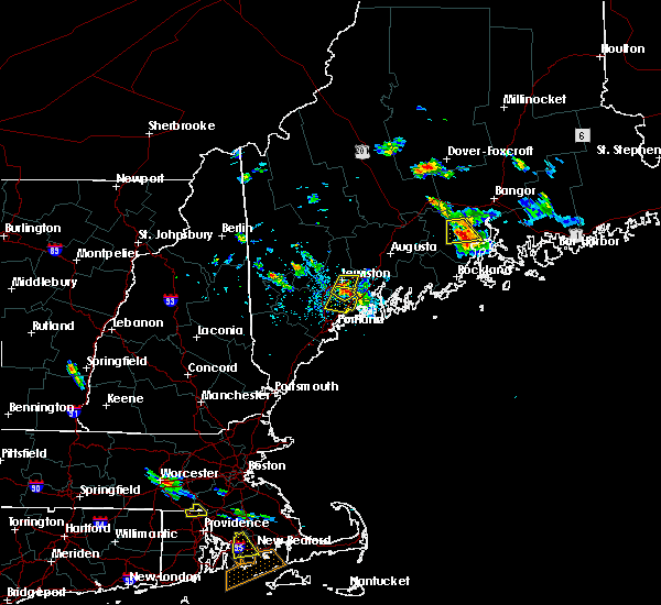 Radar Image for Severe Thunderstorms near Auburn, ME at 7/28/2015 3:52 PM EDT