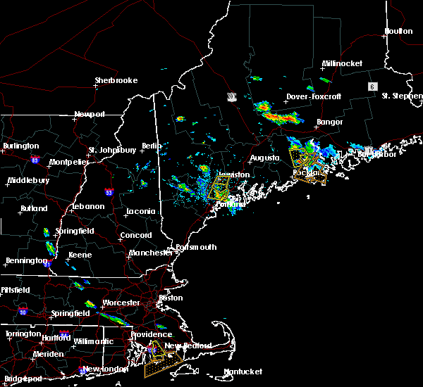 Radar Image for Severe Thunderstorms near Freeport, ME at 7/28/2015 4:27 PM EDT