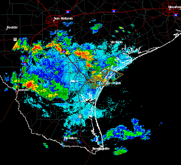 Radar Image for Severe Thunderstorms near Corpus Christi, TX at 7/31/2015 6:47 PM CDT