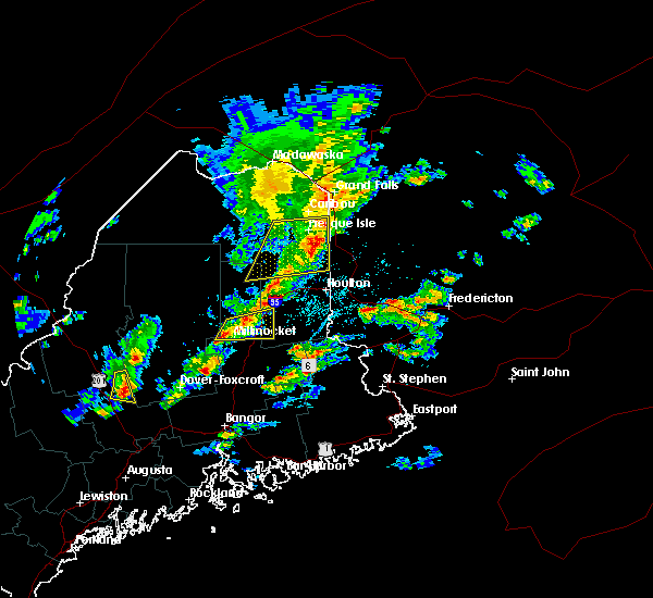 Radar Image for Severe Thunderstorms near Mars Hill, ME at 8/1/2015 2:02 PM EDT
