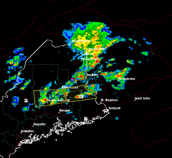 Radar Image for Severe Thunderstorms near Guilford, ME at 8/1/2015 2:42 PM EDT
