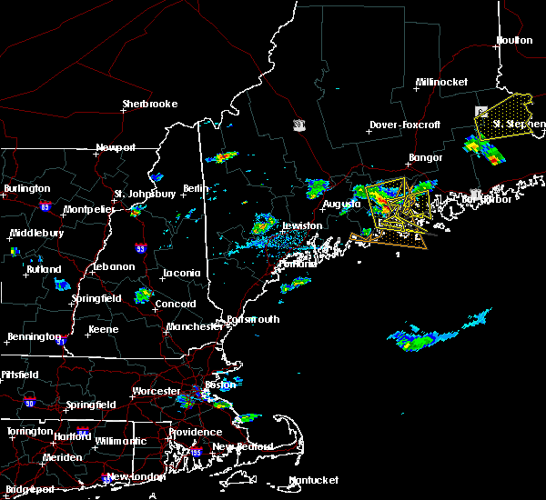 Radar Image for Severe Thunderstorms near Rockland, ME at 8/1/2015 4:42 PM EDT