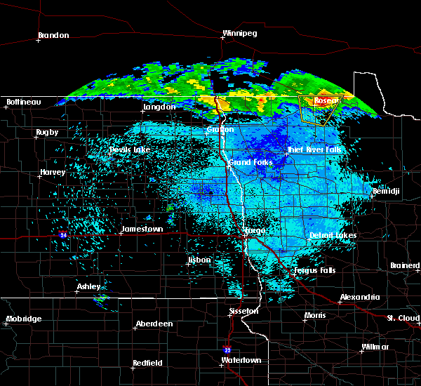 Radar Image for Severe Thunderstorms near Roseau, MN at 8/1/2015 11:55 PM CDT