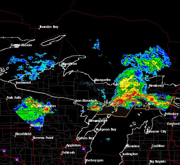 Radar Image for Severe Thunderstorms near Manistique, MI at 8/2/2015 8:53 AM EDT