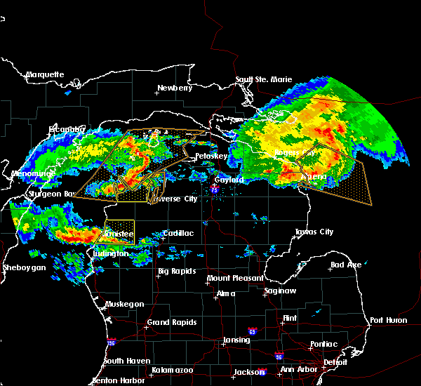 Radar Image for Severe Thunderstorms near Nessen City, MI at 8/2/2015 11:43 AM EDT